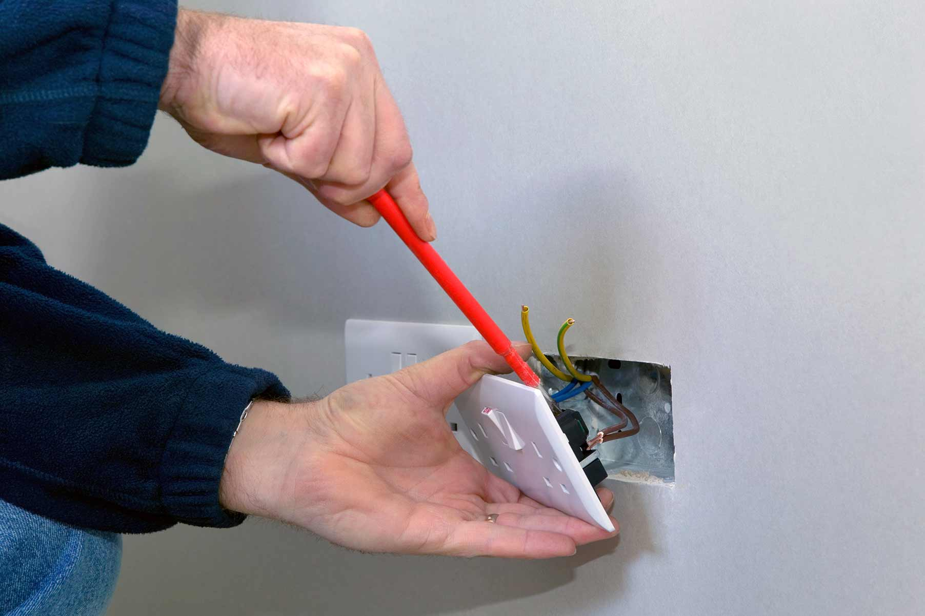 Our electricians can install plug sockets for domestic and commercial proeprties in Upper Norwood and the local area.